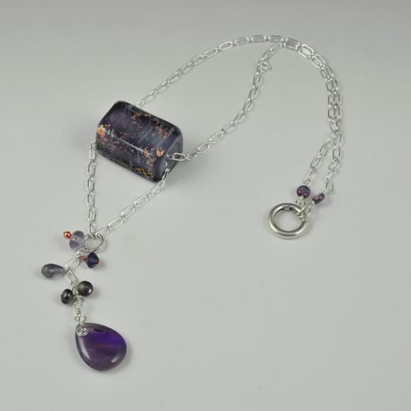 Drama Drop with purple box bead